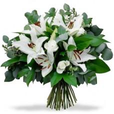 Лилия с белой розой