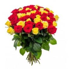 Розы красные с желтыми 51